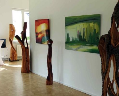 christinart Vernissage Moderne Malerei und Holzkunst